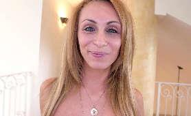 Sperma w cipce nastoletniej suczki  Kymberlee Anne