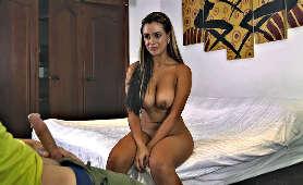 Seksowne białe leginsy - Abby Lee Brazil - Twistys