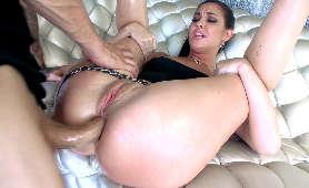 Pierwszy międzyrasowy sex analny aktorki porno - Abella Danger - Dark X