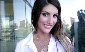 Duża dupcia włoskiej gwiazdy porno - Valentina Nappi – Twistys