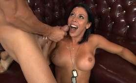 Amatorskie porno z nastolatką w okularach - Mary - She Is Nerdy