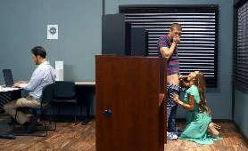 Wielkie cycki i dupy w ostrym porno - Alix Lynx, Eva Lovia - Digital Playground
