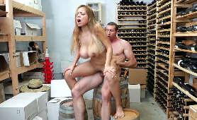 Erotyczny masaż zakończony seksem - Kassondra Raine - 21sextury