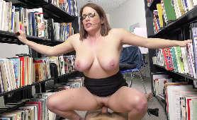 Paparazzi ruchanie dużej dupy- Claudia Valentine - Bangbros