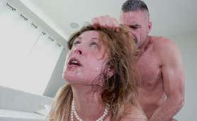 Brutalny Seks Analny, Pozycja Na Pieska Cherie DeVille